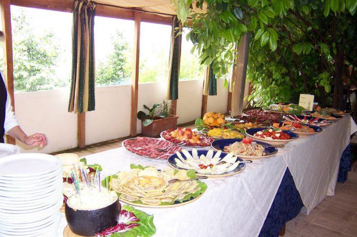 Ristorante-alla-casella_tavolo-buffet